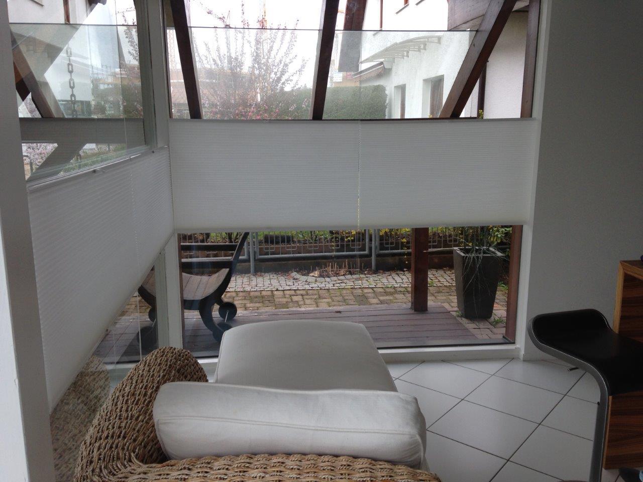 plissees funktionieren nur bis zu einer breite von 150 cm. Black Bedroom Furniture Sets. Home Design Ideas